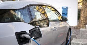 bmw-electric-car-charging