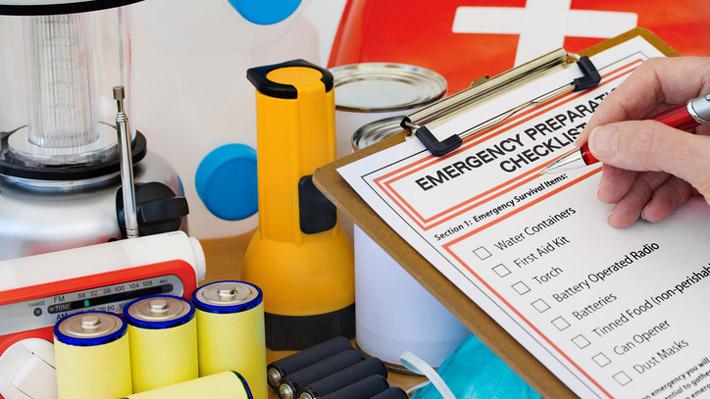 Disaster-Kit-iStock-176990809