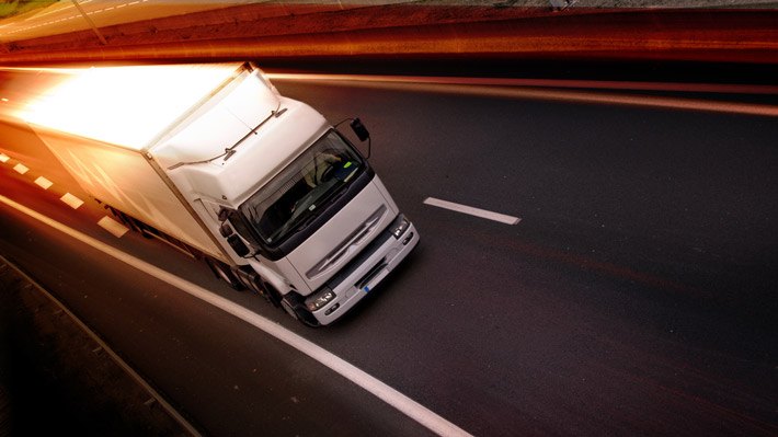 Truck-iStock-170595934