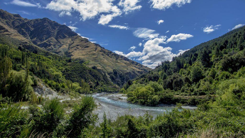 shotover_river_new_zealand