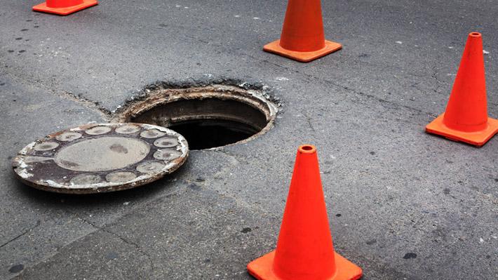 Manhole-iStock-507839452
